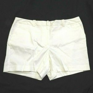 Women's White Relaxed Modern Fit Shorts 16